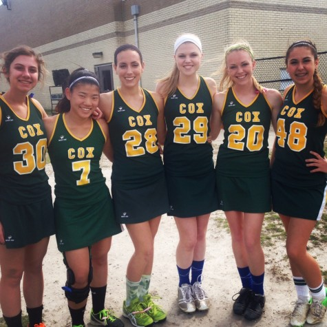 GIRLS VARSITY LACROSSE juniors Maddie Hurst, Carolyn Morefield, Olivia Ward, Maddy White, Brooklyn Everman, and Sydney Tyer pose for a picture after a game.