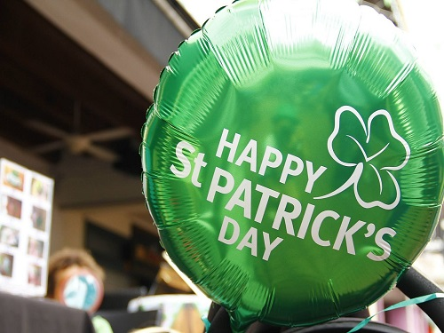 ST. PATRICK'S DAY balloon to show the spirit of