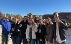 Dual Enrollment English students attend college class