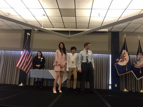 Junior Alex Perez wins Tidewater Science and Engineering