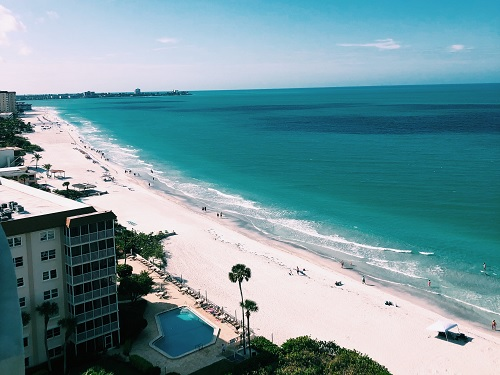 JUNIOR+ASHLEY+MCGRATH+snaps+a+picture+of+the+pristine+beaches+on+the+coast+of+Florida.+The+view+from+her+hotel+was+breathtaking.