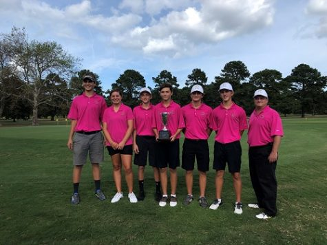 Golf team places first at regionals, moves on to state
