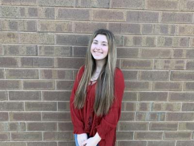 Sophomore Journalism II student