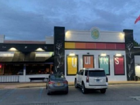 """""""QUIRKS"""" RESTAURANT ON GREAT NECK provides locals with another bright light as the days become longer. The location has housed a number of other restaurants, but hopefully, this one is here to stay."""